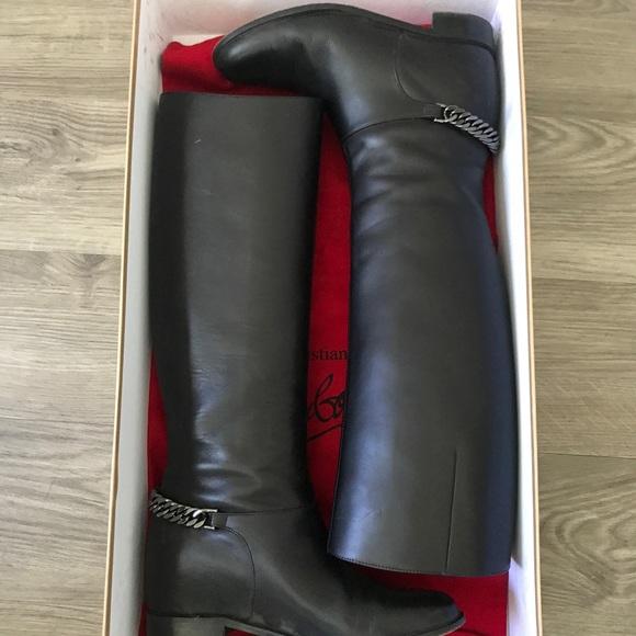 99aa660f6ae Cate boot flat calf with chain / C. Louboutin
